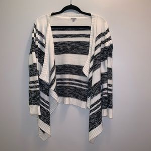 MEDIUM women's striped cardigan